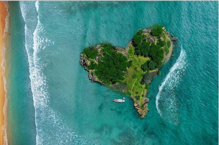 Projekt Podróż - wyspa w kształcie serca
