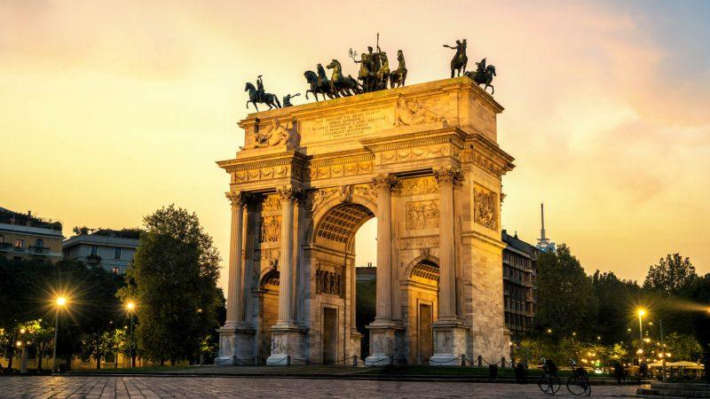 Łuk Pokoju w Mediolanie. Brama do Parku Sempione