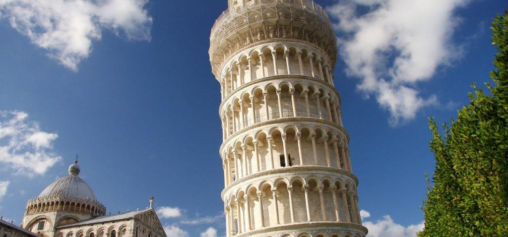 Krzywa Wieża i Plac Cudów w Pizie