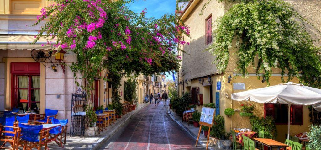 Wieczór na Place to obowiązkowy punkt podczas zwiedzania Aten