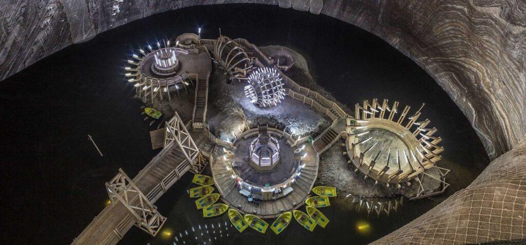 Salina Turda - futurystyczne konstrukcje w Mina Terezia